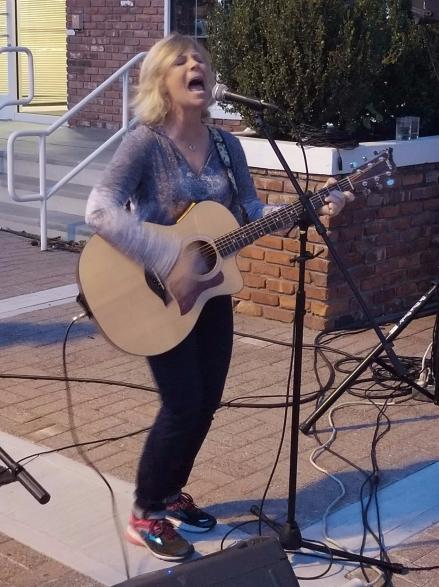 Susan Carson, Norwalk Arts District 10.6.2017. Photo credit Bob DAprile