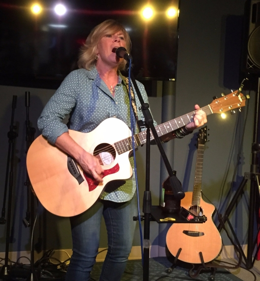 Susan Carson performing at Best Video Performance Space, Hamden, CT. 9.7.2017. Photo credit Kathy Muir