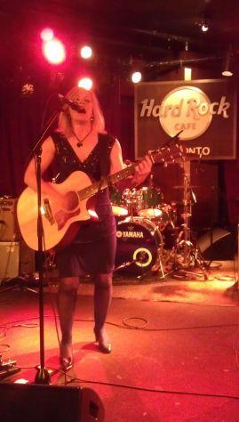 Susan Carson performing at Hard Rock Cafe, Toronto. 11.15.2012. Photo credit Oddgeir Eskeland